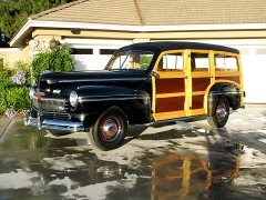1946-Mercury-Woody-010a